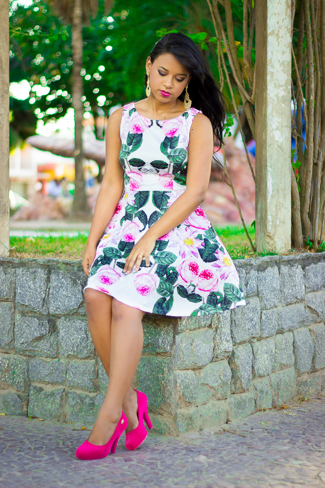 vestido branco com rosa-2
